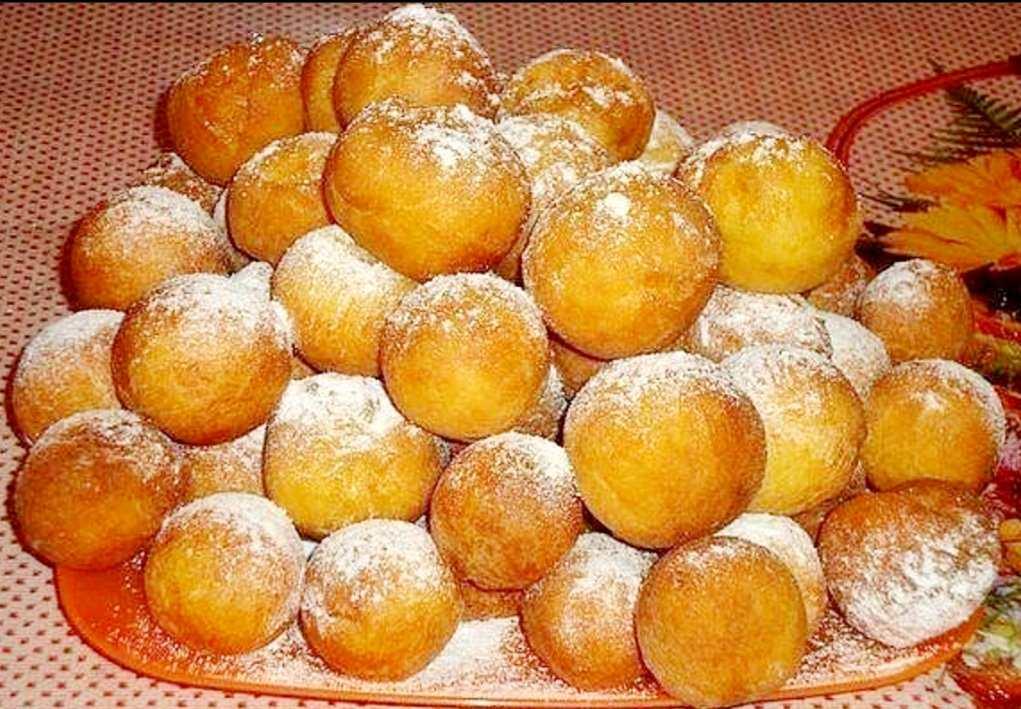 Сирні пончики-кульки. Це так смачно, що неможливо відірватись.