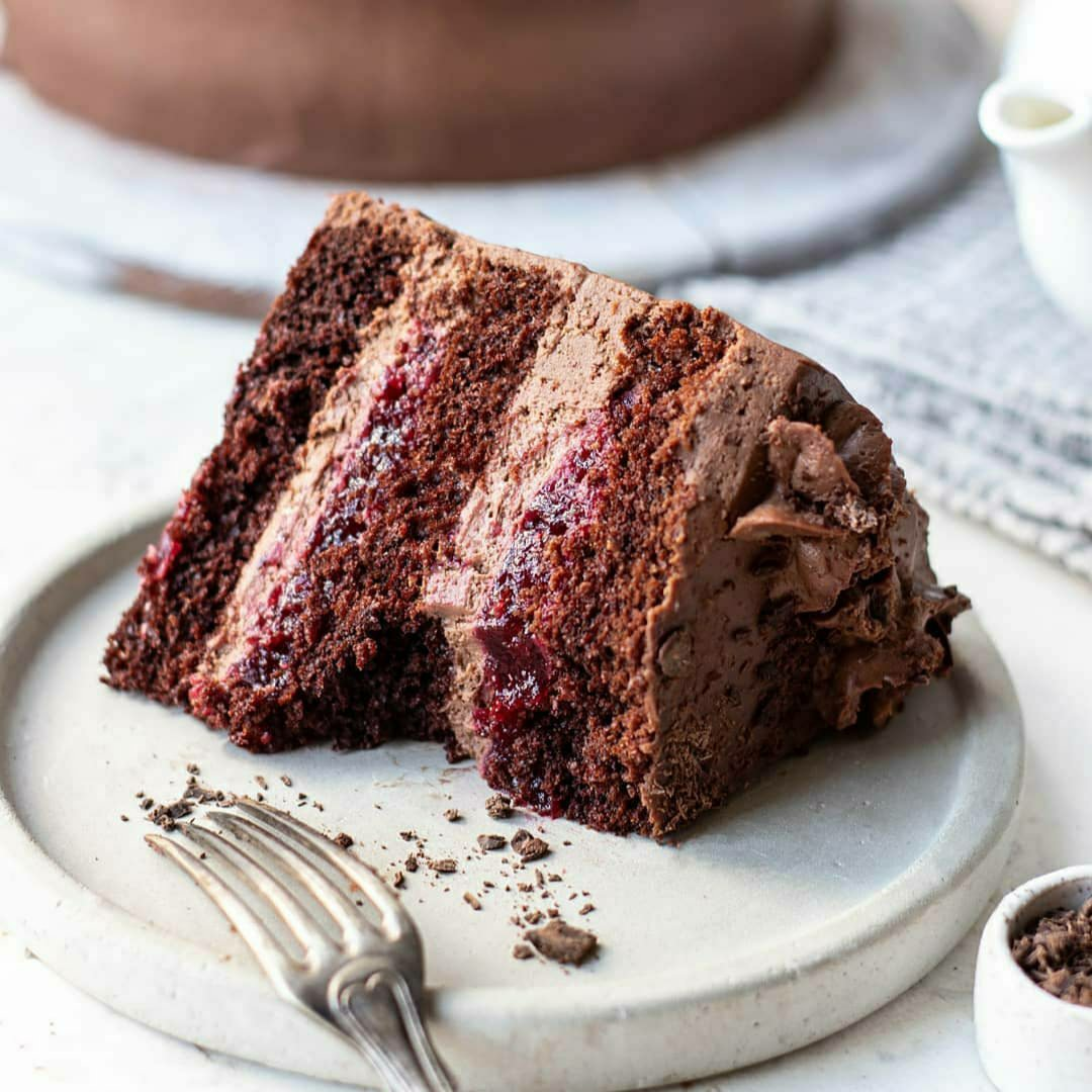 Рецепт шоколадного торта з кислинкою, дуже смачний та ароматний