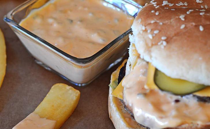 Повторюємо вдома соуси з Макдональдса, яких завжди хочеться замовляти побільше