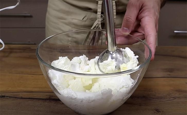 Сирки в глазурі за 30 хвилин. Використовуємо тільки сир і трохи шоколаду