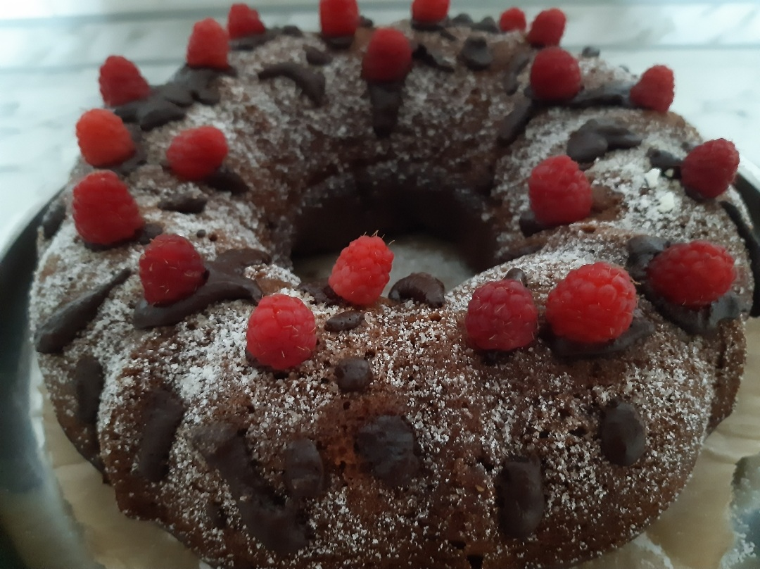 Бісквітний кекс на кефірі: смачний та простий рецепт до чаю