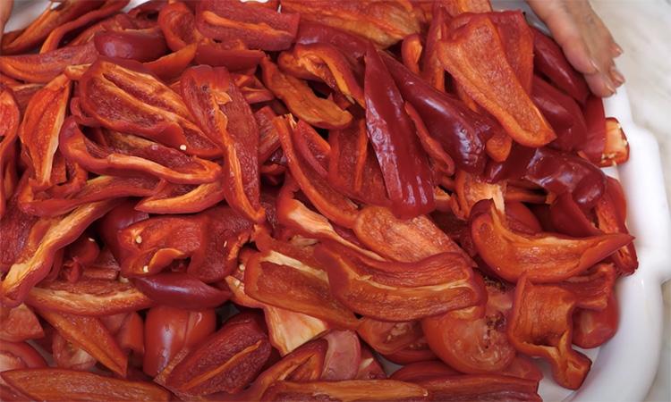 Аджика на зиму. Заміна усім гострим соусам: досить однієї ложки для гостроти і насиченого смаку